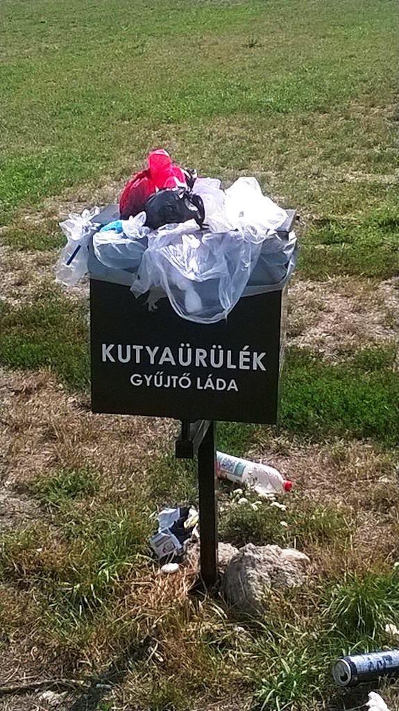 Márciustól szombaton is ürítik a kézi szemeteseket a Duna parton – A Házból jelentem